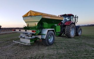 Kuxmann-K8000 Großflächenstreuer - precision farming